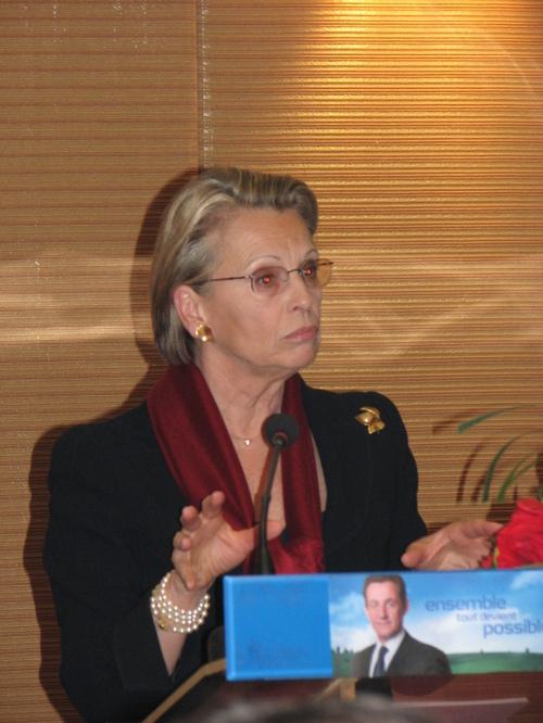 Michèle Allot-Marie devant 300 personnes