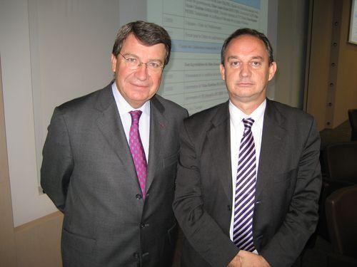 Francis NIZET avec Xavier Darcos, Président de l'Institut Français.
