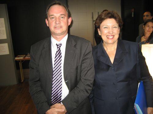 Francis NIZET avec Roselyne Bachelot, Ministre de la Santé.