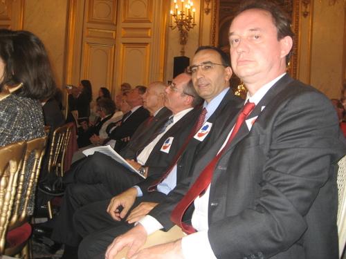 L'Assemblée des Français de l'Etranger arbore la petite main.